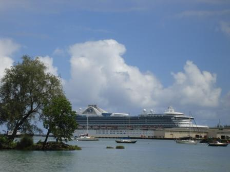 Cruise Ship in Hilo Oct 2008
