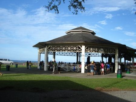 Hilo bandstand 3 for block party
